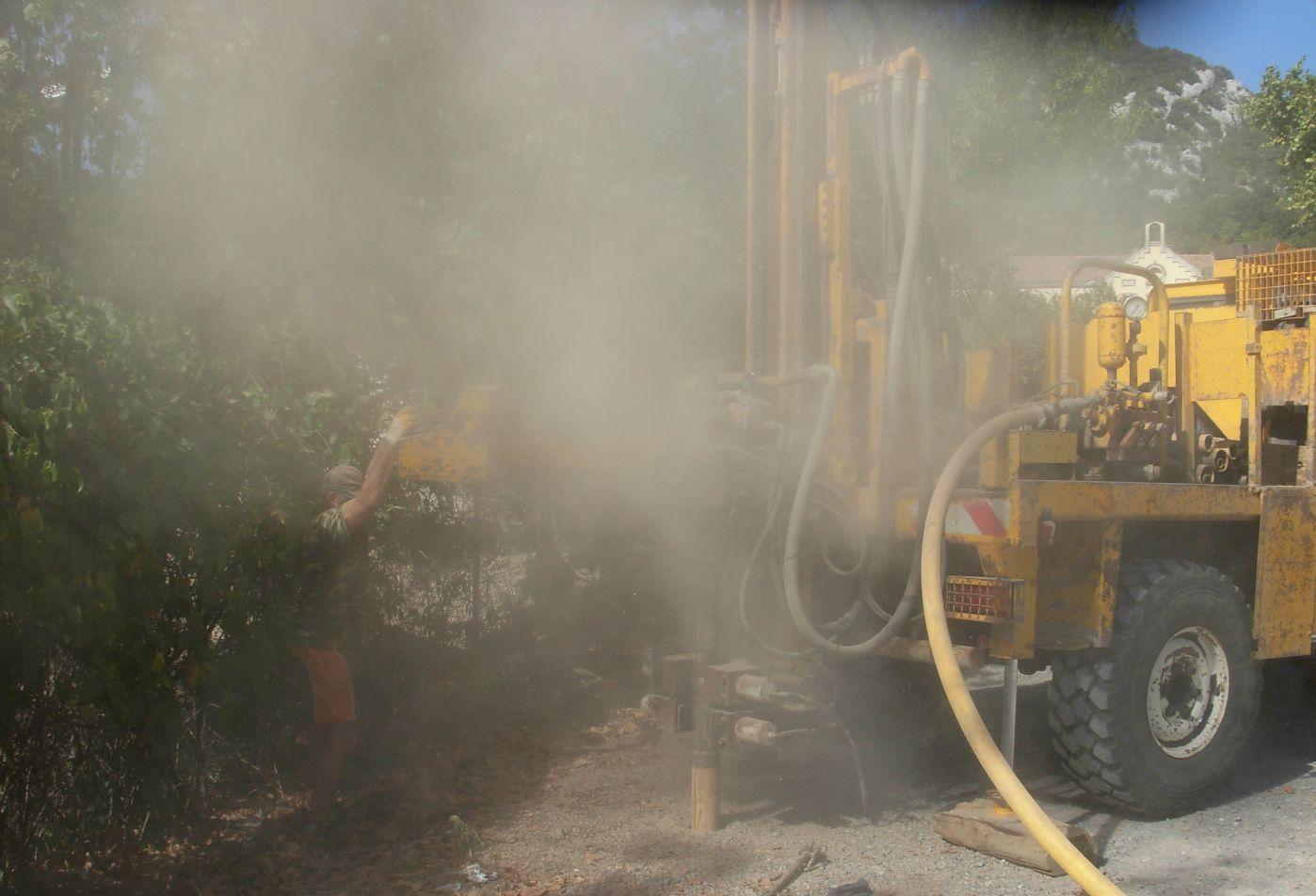 Implantation d'un piézomètre et Interprétation de l'Etat des MIlieux - Ancienne usine à gaz (Gard -30)